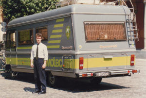 Al lavoro per promuovere le tecniche di memoria! (Bologna 1988)